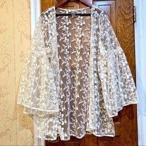 Pilyq Lace Kimono